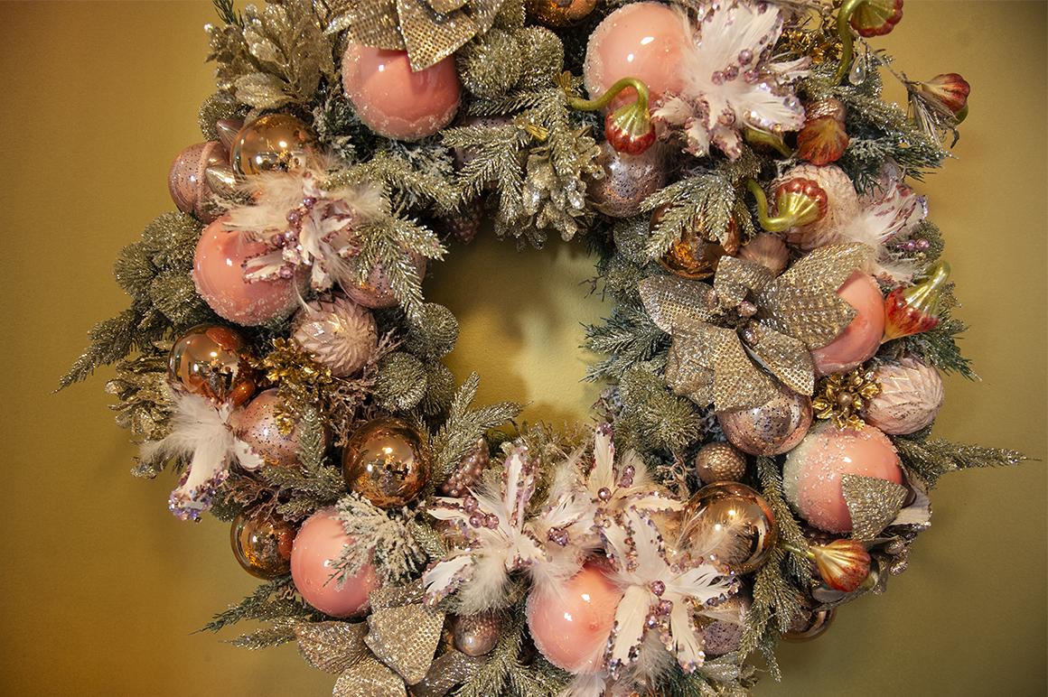 zlatni božićni nakit